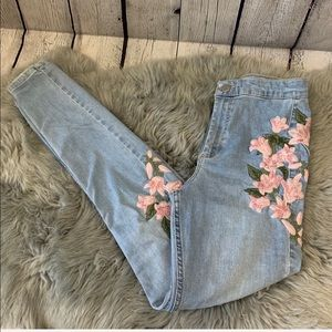 Topshop MOTO Joni Floral Embroidered Skinny Jeans